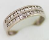 Zlatý prsten bílé zlato