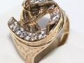 Pánský prsten kůň